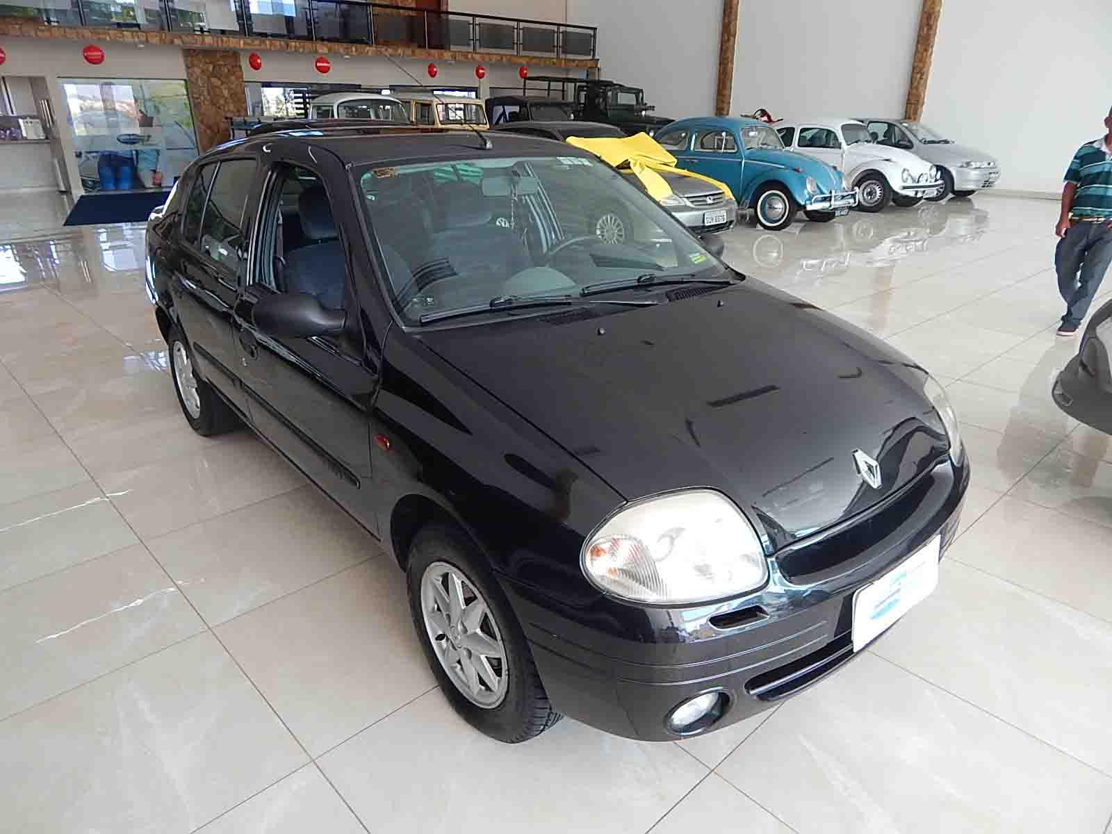 Clio Sedan RT 1.0
